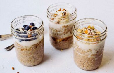 overnight oats breakfast jars